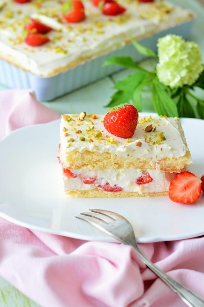 Erdbeere-Frischkäse-Schnitten