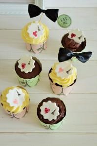Vanille Cupcakes mit Schokoladenfrosting