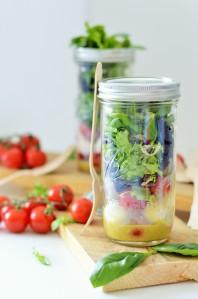 Tomaten-Mozarella Salat im Glas - Shake it Baby