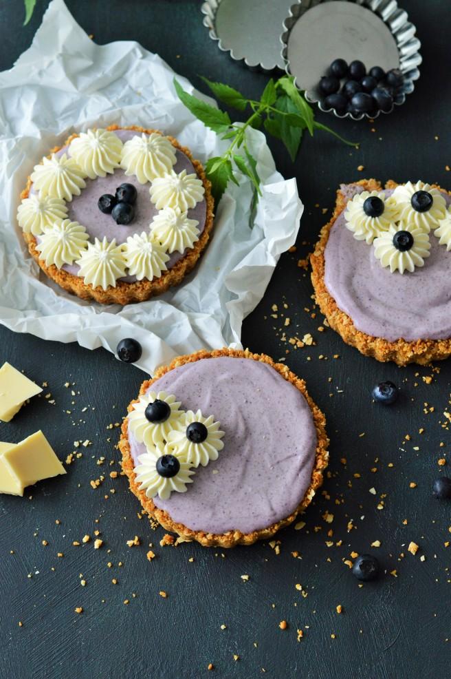Blaubeere-Cheesecake-Tarteletts