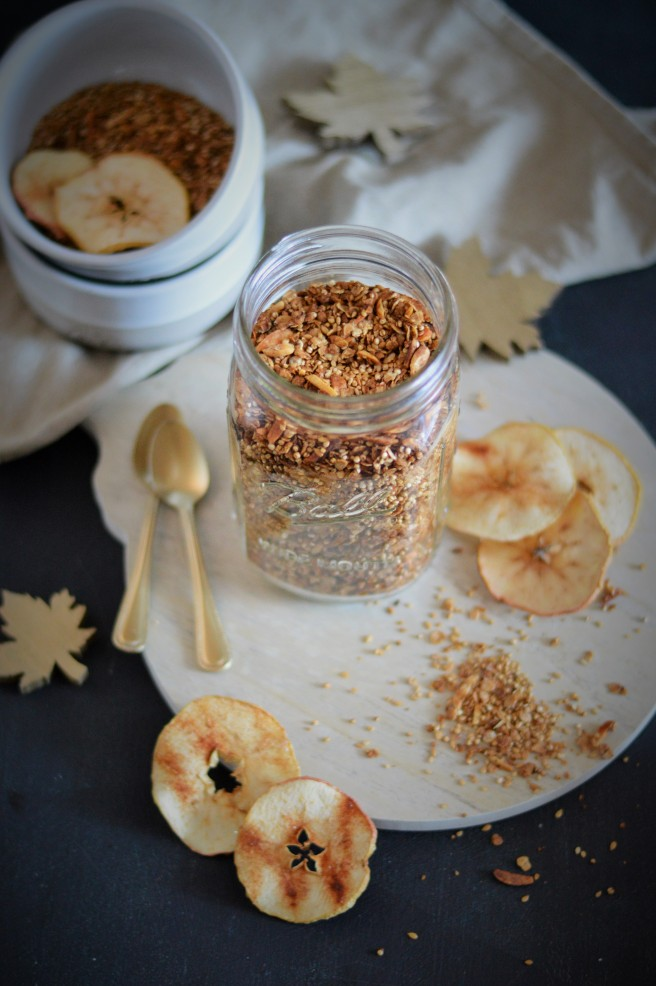 Appel Pie Granola